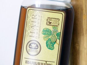 Shampoing naturel Noni Herbal Hait de la marque Khaokho Talaypu - Autour de Marine
