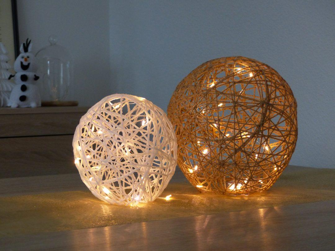 diy de no l 6 un centre de table en boules de laine autourdemarine. Black Bedroom Furniture Sets. Home Design Ideas