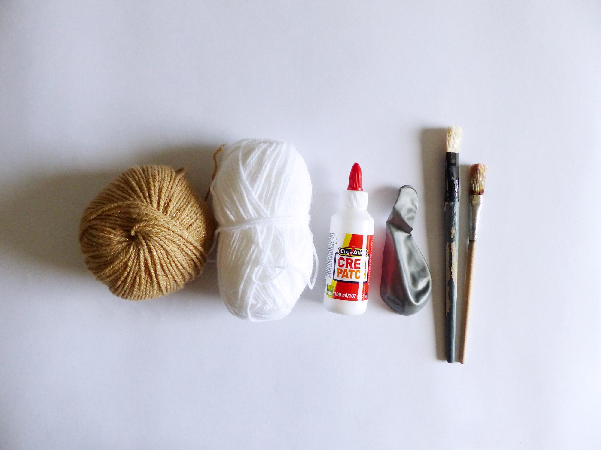 DIY centre de table boules en laine - Autour de Marine