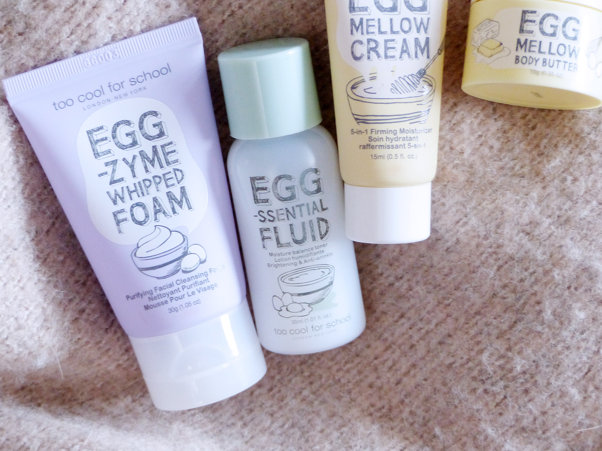 Too Cool For School Egg Essentiel Fluid - Autour de Marine