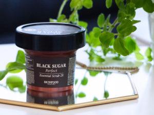 Skinfood, Black Sugar Perfect Essential Scrub - Autour de Marine