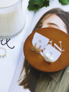 Bijoux en Vogue, bague et boucles d'oreilles - Autour de Marine